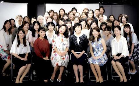 2016年9月8日安倍昭恵氏×TAKAKO氏×全研本社『〜女性応援企画〜女性がイキイキと輝く会社』の第一部司会進行をつとめました。