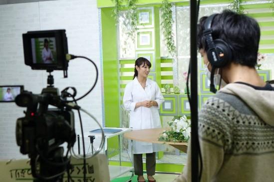 2016年12月22日深夜25時05分~TOKYOMMX 『おしえて!美ビアン』に準レギュラーとして出演致しました。